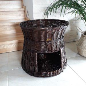 Prútený domček pre psa alebo mačku