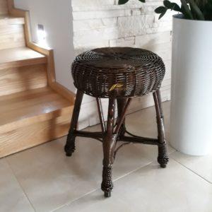Prútená stolička, taburetka
