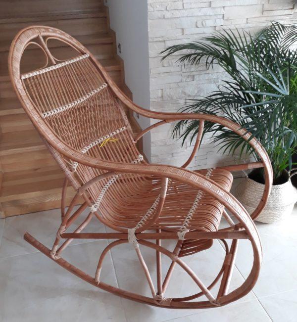 Prútené hojdacie kreslo stolička