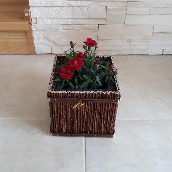 Prútený kôš na kvety, truhlík, kvetináč...